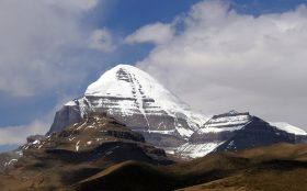 Mt Kailash and Mansarovar Lake Tour